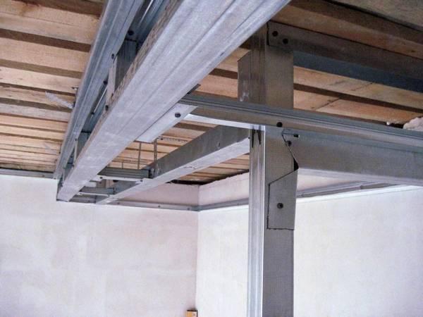 Как сделать пластиковый потолок своими руками: монтаж и видео, отделка стен, как собрать и крепить, установка
