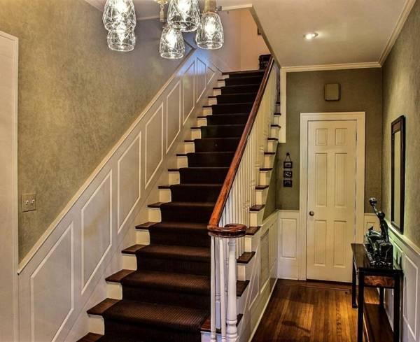 Лестницы на второй этаж в частном доме: фото и размеры ступеней, ширина и проектирование окна, дизайн оптимальный