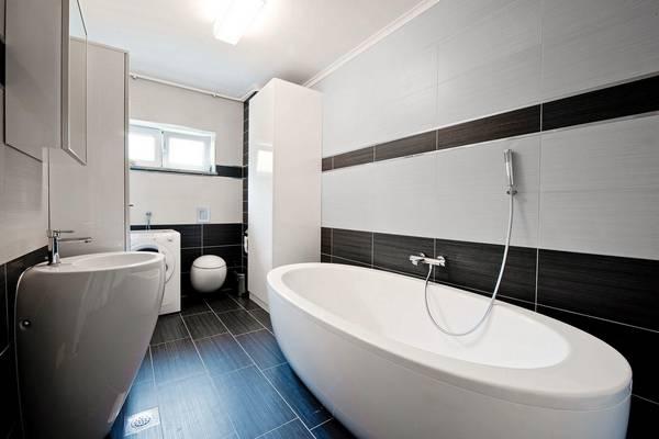 Размеры ванн: стандартная ширина чугунной, длина и габариты, какие бывают 170, глубина стальной и акриловой